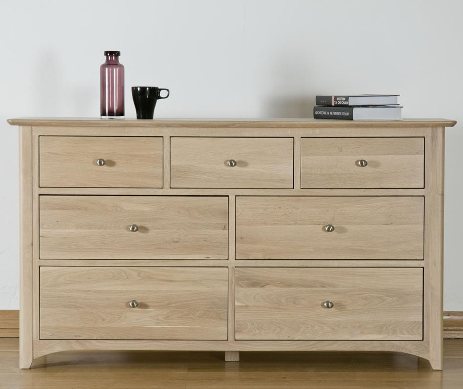 Kingswood solid oak bedroom furniture 3 over 4 wide chest for Solid oak bedroom furniture